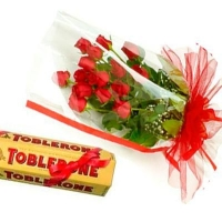 Toblerone Choco With 12 Roses